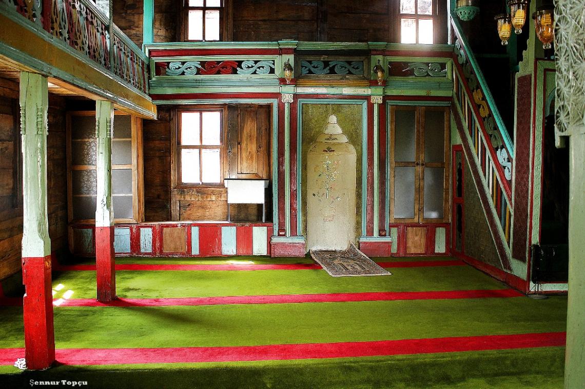 Hemsin Tepan (Bilen)Köyü Tarihi Cami İç Mekan
