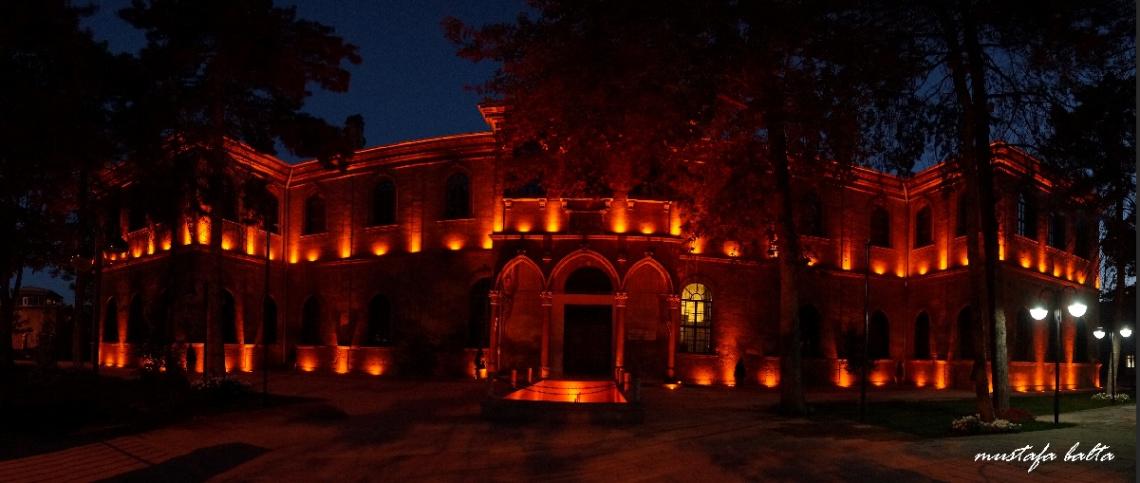 Kayseri Lisesi Gece Panoraması