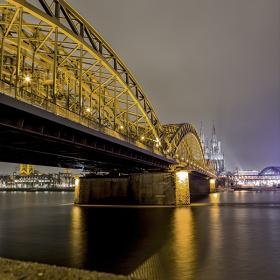 Hohenzollern Köprüsü