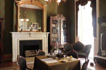 Gentleman's Library