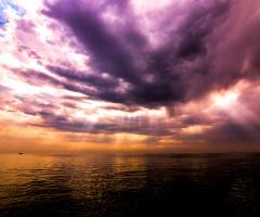sea sunrays