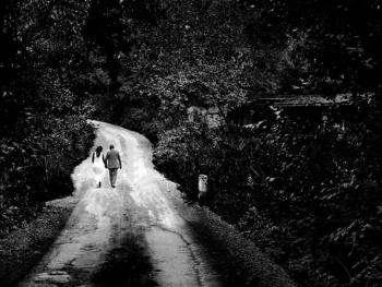 Beraber yürüdük biz bu yollarda.....