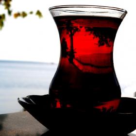 Bir çay...