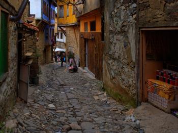 Cumalıkızık sokakları