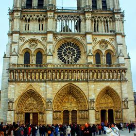 Notre Dame Katedrali /  Paris