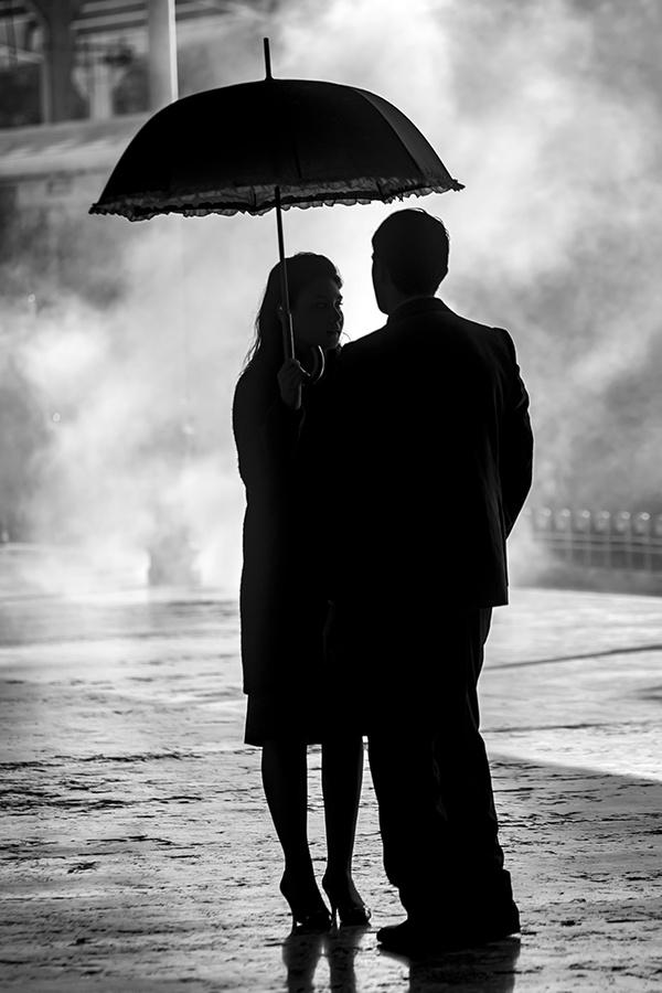 aşk bazen siyah beyaz