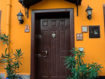 Mutlu kapılar:)