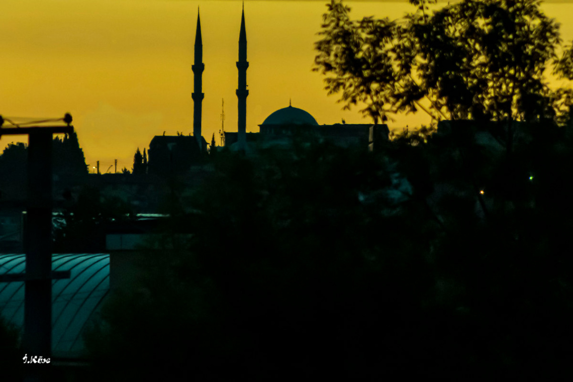 Caminin Minareleri