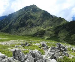 Pyramidal mountain