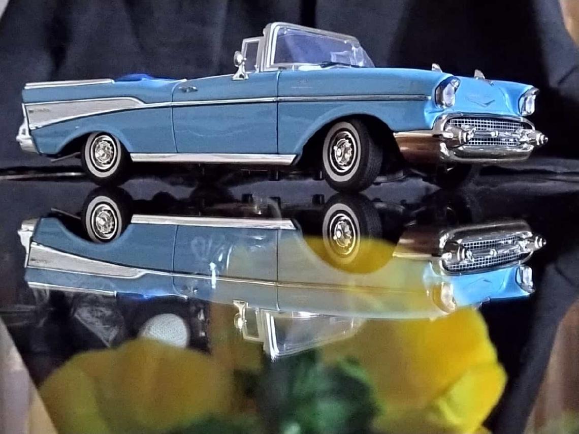 Miniciks Hayatlar  1957 Chevy Convertıble