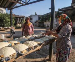 Köy Ekmeği Hazırlığı