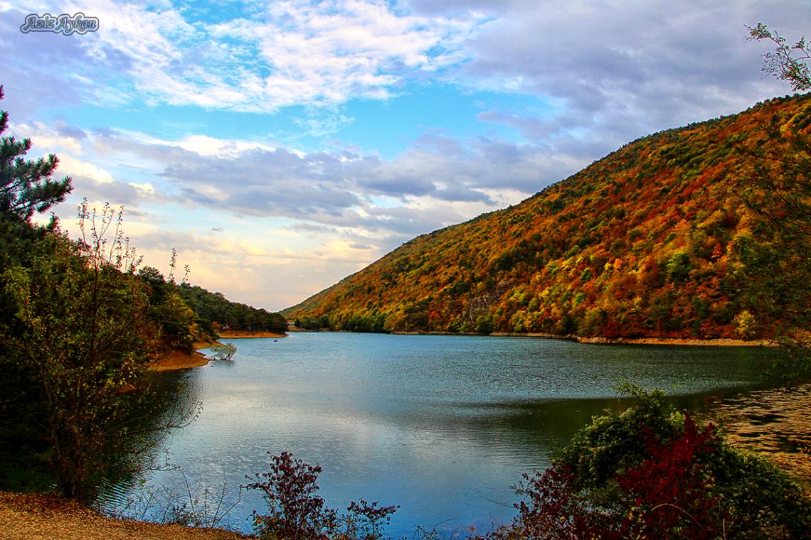 Borabay Gölün'de Sonbahar / Amasya
