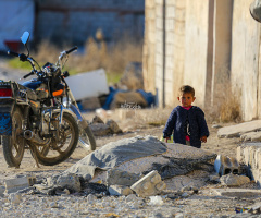 Savaşın gölgesinde çocuk olmak.