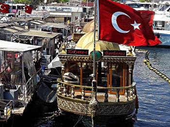HER MEVSİM BİR FOTOĞRAFTIR...Özer Eryıldız.....