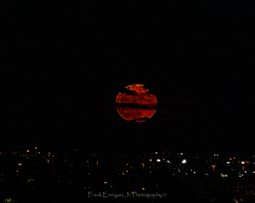 The Rise Of Tucson's Strawberry Full Moon