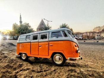 Miniciks Hayatlar  Lale cami ve VW