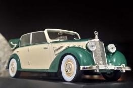 Miniciks Hayatlar 1939 Mercedes 230 C Cabriolet